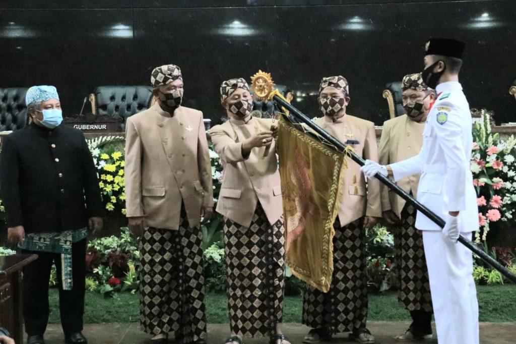 Rapat Paripurna Istimewa DPRD Indramayu dalam rangka Hari Jadi ke-493 Kabupaten Indramayu. (Safaro/IJNews)