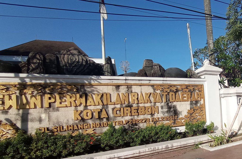 Gedung DPRD Kota Cirebon. (Indramayujeh)