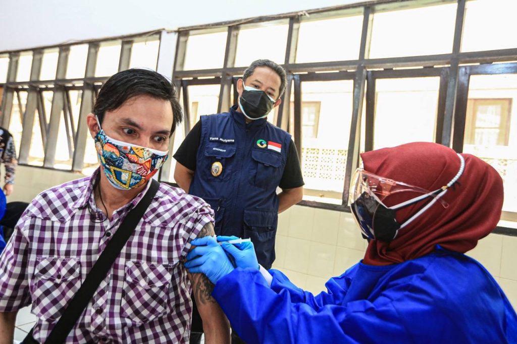 Ilustrasi: Vaksinasi COVID-19 untuk penyandang disabilitas di Gedung Wyata Guna, Kota Bandung. (Istimewa)
