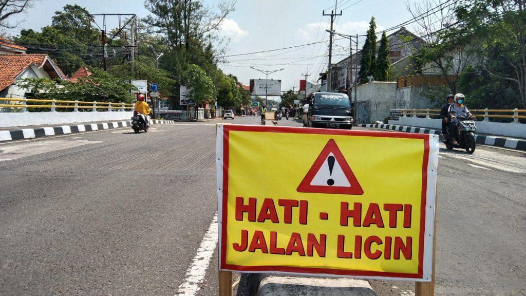 Jalan Abdul Halim Majalengka. (Erick Disy/IJNews)