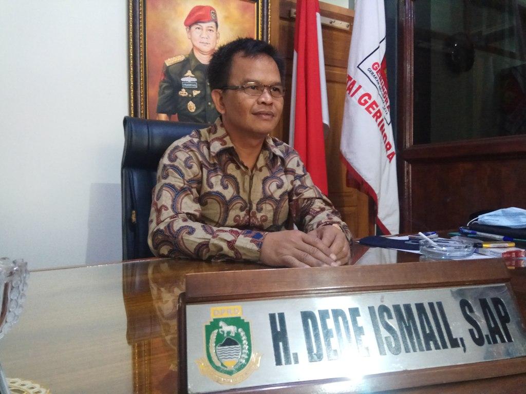 Ketua DPC Partai Gerindra Kabupaten Kuningan, Jawa Barat, Dede Ismail. (Indramayujeh)