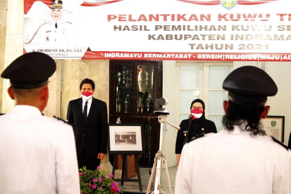 Suasana pelantikan Kuwu oleh Bupati Indramayu, Nina Agustina yang dilaksanakan secara virtual dan hanya dihaidiri perwakilan dari Kuwu terpilih. (Istimewa)