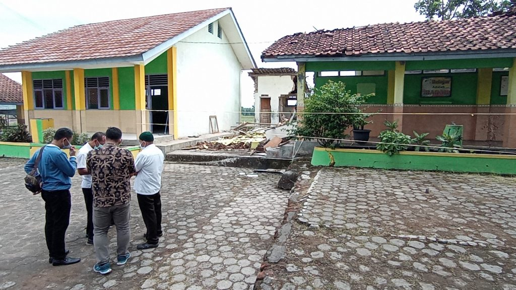 SDN Ambruk Cirebon (2)
