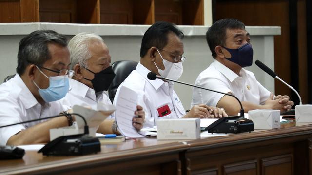 Rapat Pansus Perumda Air Cirebon